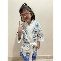 kimono baju handuk anak putih sablon doraemon