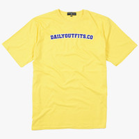 Dailyoutfits T-Shirt Font Yellow