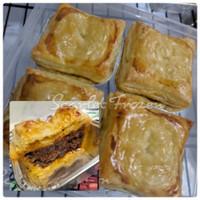 Aussie Meat Pie | Black Pepper Beef Pie | Pie Daging Sapi Lada Hitam