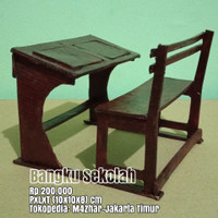 Miniatur kursi bangku meja nakas lemari sekolah retro vintage antik