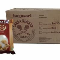 1dus isi 6pcs Tepung Terigu Cakra Kembar Emas Bogasari (Roti) @5kg