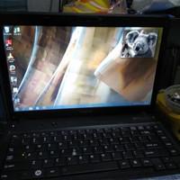 Laptop Toshiba C640 Kondisi hidup .Baterai baru.