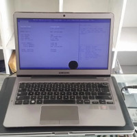 Laptop samsung NP535U3C AMD A6 Ram 4GB Onboard