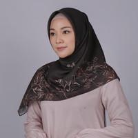 Zoya Carvina Scarf - Hijab Kerudung Segi Empat - Khaki