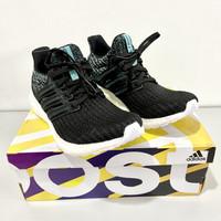 BNIB Adidas Ultra Boost Parley Women Running Shoes Ori Size 37