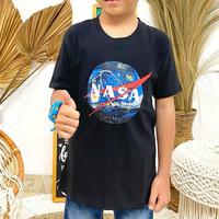 TERLARIS KAOS ANAK LAKI LAKI MOTIF LUAR ANGKASA NASA HITAM ABADIGOSIR - M