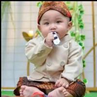 Baju Adat Jawa Beskap Cream Solo Bayi / Beskap Anak Laki Laki