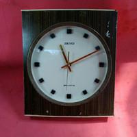 jam dinding seiko transistor berat tahun 1973 jadul vintage antik lawa