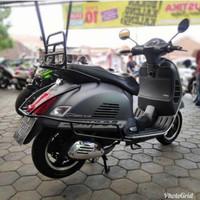 crashbar hitam vespa gts 150