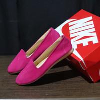 sepatu slip on wanita nike casual slop loafers cewe balet santai main - pink, 37