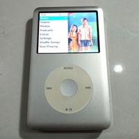 Ipod Classic 120 GB + Rubber Case