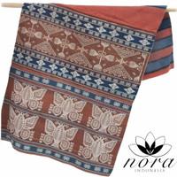 kain sarung tenun pahikung motif kupu-kupu sumba timur NTT