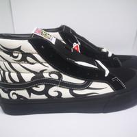 Sepatu Sneakers Pria Vans SK8-Hi 138 SF - Tribal Black White Original - 44.5
