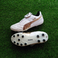 COD Sepatu Bola Puma King