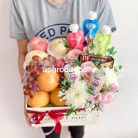 Parcel Buah dan Snack Bunga Premium / Hadiah untuk Orang Sakit / Ultah