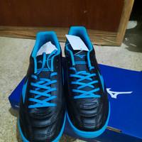 sepatu futsal mizuno monarcida select in blue/black size 40