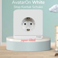 Stop Kontak Schuko Avatar On White Schneider E83426_16S_WE_G3