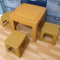 Set 1 Meja dan 3 Kursi Bangku Anak Plastik Motif Rotan Kokoh Table Set