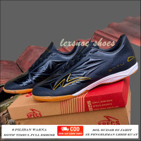 Sepatu futsal specs accelerator satu elite hitam