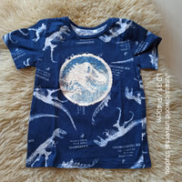 universal studio jurassic world kaoas anak laki / T shirt ori preloved