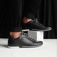 Sneakers Kulit Pria - Winshor - Azure Black