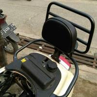 Back Rack/Backrack+Bantalan/Aksesoris Motor Vespa Metic/Lx S