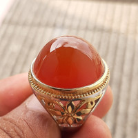 cincin batu bacan obi merah
