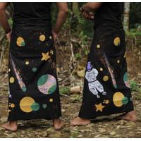 Sarung Lukis Space Astronaut - Sobat gurun tretan - fullpaint sarung