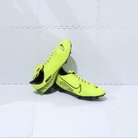 Sepatu BOLA Dewasa NIKE Size JUMBO 44 45 46 Murah RRJBB029