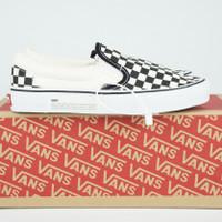 Sepatu Vans Slip On Checkerboard Off White Black - 37