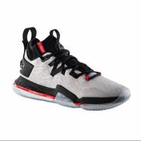 Sepatu Basket Tarmak Mid Elevate 900 dewasa new