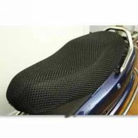 jaring jok anti panas variasi motor ukuran L XL warna hitam