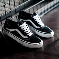 Sepatu Skate Original Vans Oldskool Pro Black/ White