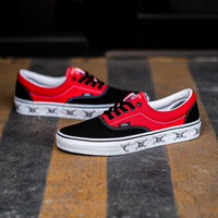 "Sepatu Skate Original Vans Era New Varsity "" Black / High Risk Red"