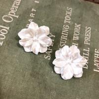 Anting Wanita Korea Elegan Bunga Putih Ungu/Flower Bloom Earrings
