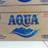 AQUA Air Mineral Botol 600 ml / 1 Dus Isi 24