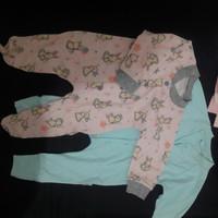 preloved baju kodok bayi new born 25rb 2pcs aruchi dan liby