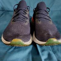 Sepatu Lari Nike Epic React Flyknit Size 40 ( 25,5 cm ) Blue Pink