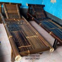 bale bambu hitam santai