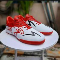sepatu futsal specs garuda attack savage - Putih, 38