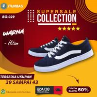 Sepatu Vans Pria Sneakers Casual Hitam Putih Model Tali BG-029 iTumbas