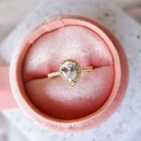Celesta - Ring Cincin Wanita Cubic Zirconia - Gold CRAFEME
