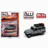 Auto World 2018 Jeep Wrangler Rubicon grey with roof rack