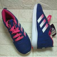 Sepatu sport wanita Adidas karet ringan ukrn 36 sd 40 biru tali pink