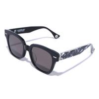 Bape 1st Camo Katakana Japan Sunglasses 2 Eyewear For Man - Hitam
