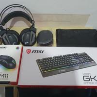 Headset gaming MSI Immerse GH70 MSI Vigor GK30 mouse MSI Clutch GM11