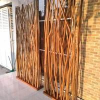 Partisi Penyekat Ruangan Ranting Kayu Jati Sketsel Driftwood