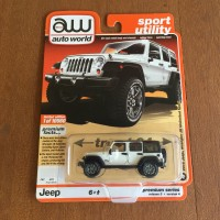 Diecast Auto World 18 Jeep Wrangler JK Unlimited Sport Premium Series