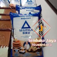 Segitiga Biru Terigu 1Kg/tepung teriguser baguna/bogasari/Premium
