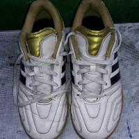 sepatu futsal anak adidas 11 pro size 36/37